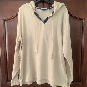 Very lightweight hoodie/shirt 😍🤩